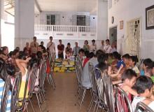 Công đoàn công ty MDI từ thiện tại chùa Đức Sơn - Huế